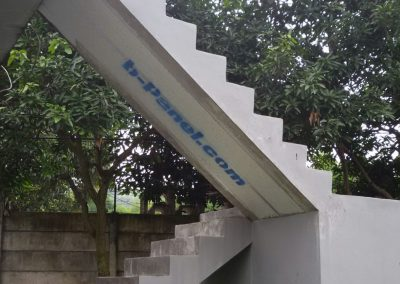 b-panel-tangga
