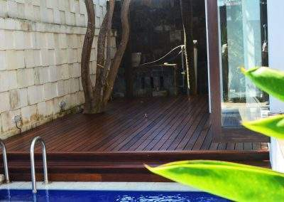 Ulin Decking finishing with Bona Decking Oil Neutral